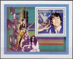 NIGER John LENNON, Beatles, Musique.  Bloc Du Numero Yvert N° 874  ** MNH. - Zangers