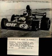 AUTOMOBILES - PHOTO DE PRESSE - Grand Prix De France - Tyrrell - Jackie Stewart - Voitures De Course - Sports