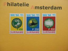 Suriname 1994, WORLD CUP USA / FOOTBALL SOCCER VOETBAL FUSSBALL FUTBOL CALCIO: Mi 1478-80, ** - 1994 – Verenigde Staten