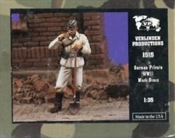 "- VERLINDEN - Figurines "" German Private WWII  ""- 1/35°- Réf 1515 - Figurines"