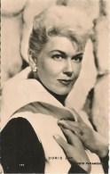 CPA-1956-ARTISTE USA-DORIS DAY-Paramout-Edition P I-Paris-TBE - Entertainers