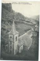 15 - LAROQUEVIEILLE - L'Eglise Du XIIIe Siècle Et Une Partie Du Bourg - Frankrijk