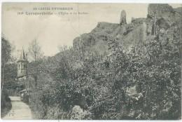 15 - LAROQUEVIEILLE - L'Eglise Et Les Rochers - Frankrijk