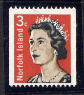 NORFOLK - N° 95** - S.M. ELIZABETH II - Ile Norfolk