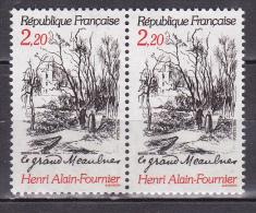 N° 2443 Centenaire De La Naissance D´Henri Alain Fournier: Illustration Du Livre Le Grand Meaulnes: 1 Paire De 2 T - France