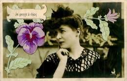 Belle  Carte     -   Belle Femme  ,je Pense A  Vous              AH754 - Femmes