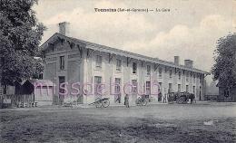 47 - TONNEINS  - La Gare - Attelage - Calèche - 1931 - 2 Scans - Tonneins