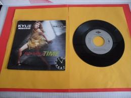 Kylie Minogue, Step Back In Time - 1990 - Voir Photos,disque Vinyle - 2 € Le Vinyle 45 T - Disco, Pop
