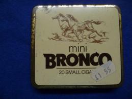 Boîte Métallique De Cigares Bronco, Vide - Tabaksdozen (leeg)