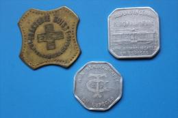 RFRA152 MONNAIES ET JETONS - PARIS TOKEN / 3 JETONS - Monete Allungate (penny Souvenirs)