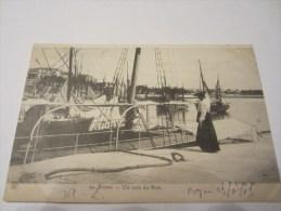 CPA ROYAN UN COIN DU PORT 1909 - Royan
