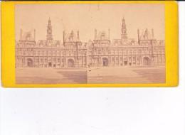 Vieille Photo Stereoscopique Paris L Hotel De Ville Vers 1870 - Stereo-Photographie