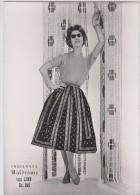 Photographie - Mode - Indiennes Valdrôme - Jupe Line - Format 17.3 X 12.3 Cm (Femme, Pin-up) - Pin-Ups
