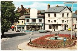 Exmouth: AUSTIN A40 CAMBRIDGE, FIAT 500  - 'Pilot Inn',  Chapel Hill - Turismo