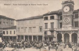 CARTOLINA: RIMINI - TORRE DELL'OROLOGIO IN PIAZZA GIULIO CESARE - (MOVIMENTATA, CARRO) - VIAGGIATA - F/P - B/N - Rimini
