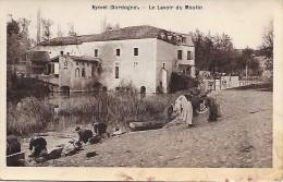 EYMET  ( 24 )  - Le Lavoir Du Moulin  ( Carte Glacée , Dans L'état  ) 1915 - France