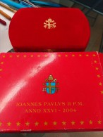 VATICANO SET 8 MONEDAS COIN Y MEDALLA JUAN PABLO II 2004 BOX PLATA SILVER - Vaticano (Ciudad Del)
