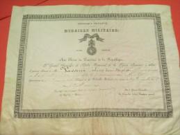 Brevet D'octroi De La Médaille Militaire/Grand Chancelier Ordre National Légion Honneur /Gendarme/Paris/ 1896    DIP92 - Army & War