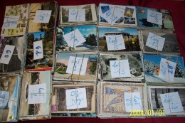 VRAC  DE 2000 CARTES ENVIRON   FRANCAIS  ET ETRANGERS TOUTES EPOQUES TOUT ETATS A TRIES - Cartes Postales