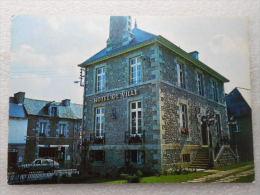CP 22 BROONS   -  L'hôtel De Ville   -  Voiture - Otros Municipios