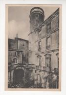 Carte Postale PONT SAINT ESPRIT ANCIEN HOTEL CHANSIERGUES  COUR D HONNEUR HENRI III DE VILLEPERDRIX DUC ANGOULEME GARD - Pont-Saint-Esprit