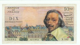 FRANCE 10 NF RICHELIEU DU 2/2/1961   6 TROUS PLIS D'USAGE PAS DE DECHIRURE NI MANQUE  SUP - 1959-1966 ''Nouveaux Francs''