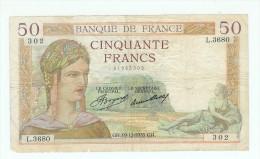 FRANCE 50 F CERES TYPE DE 1933 DU 19/12/1935 AYANT CIRCULE PLIS SALISSURES UN TOUT PETIT MANQUE TB - 50 F 1934-1940 ''Cérès''