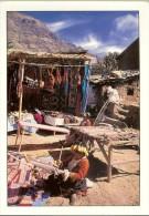 Foto Walter Morales . Tejedoreas De Pisac Weaver Woman - Cusco - 2 Scans  Timbre 2003 : Miguel Grau Peruano Del Milenio - Pérou