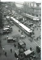 Paris - Tramway Pris Dans Un Embouteillage Quartier Des Halles En 1930 Diable  CPM 13/18 CM - Ratp Vie Du Rail - Transport Urbain En Surface