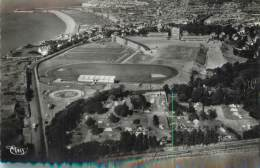 """/ CPSM FRANCE 76 """"Dieppe"""" / CAMPING / STADE - Dieppe"""