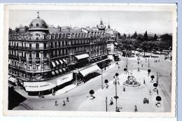 Montpelier (Hérault) Place De La Comédie     LES 2 CARTES       (bords Dentelés) - Montpellier