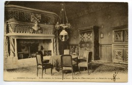 Domme Préventorium De Giverzac Salle Des Chevalier Cheminée Monumentale - Autres Communes