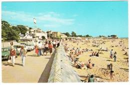 Exmouth: MORRIS MINI TRAVELLER, SAAB 99, FORD CORTINA 1600 SUPER ESTATE - The Beach And Promenade - PKW