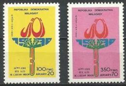 "Madagascar YT 973 Et 974 "" Jeux Océan Indien "" 1990 Neuf ** - Madagascar (1960-...)"