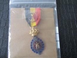 MEDAILLE 27 - Médailles & Décorations