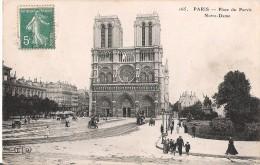 PARIS - Place Du Parvis Notre-Dame Sous La Neige-Au Dos Publicité MAGGI - Notre Dame De Paris