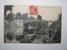92 ILE-de-la-JATTE NEUILLY-Sur-SEINE Le Pont Pêcheurs Barques Animée - Neuilly Sur Seine