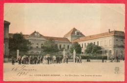 CPA - 69 - LYON CROIX-ROUSSE - LE CLOS JOUVE - LES JOUEURS DE BOULES - Lyon