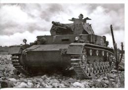 Militaria - Photo WW 2 Retirage - Char à Identifier Et Soldat- (354) - 1939-45