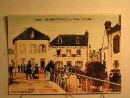 REPRO - Plomodiern - Place Centrale - Plomodiern