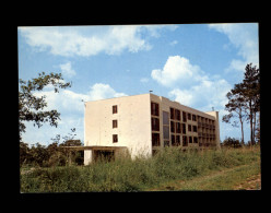 91 - SACLAS - Clinique - Autres Communes