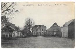 Cpa: 27 LA BARRE EN OUCHE (ar. Bernay) Ecole Des Garçons Et Salle Des Fêtes - France