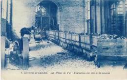 Environs De Segré – Les Mines De Fer – Evacuation ( Wagonnets, Cheval ) - Segre