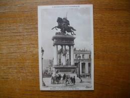 """Clermont-ferrand , Monument De Vercingétorix Et La Rue Blatin """""""" Carte Animée """""""" - Clermont Ferrand"""