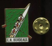 Pin´s - Aviron EN BORDEAUX - Gironde - Aviron