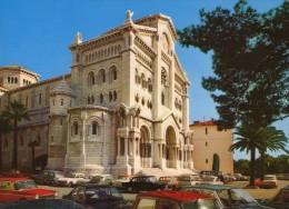 Monaco.. Principauté De Monaco.. La Cathédrale Notre-Dame-Immaculée De Monaco Voitures - Kathedrale Notre-Dame-Immaculée