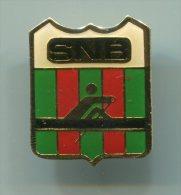 Pin's - SNB Societe Nautique De Bayonne Club D'aviron Des Bords De L'Adour - Pays Basque Blason - Aviron