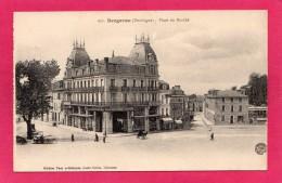 24 DORDOGNE BERGERAC, Place Du Marché, Animée, Marchand Ambulant, Commerces, 1918, (Louis Garde, Libourne) - Bergerac