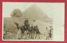 Egypte - Voyage D'un Couple En Dos De Dromadaire - Pyramide Et Sphinx - Juin 1929 - Superbe Carte-photo ( Voir Verso ) - Egypte