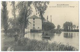 ARC-et-SENANS (Doubs) - Les Grands Moulins Neufs Et Le Barrage - Animée - Pêcheurs - Barque - Non Classificati